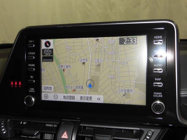 フルセグTV、Bluetooth対応、ディスプレイオーディオ装備です。