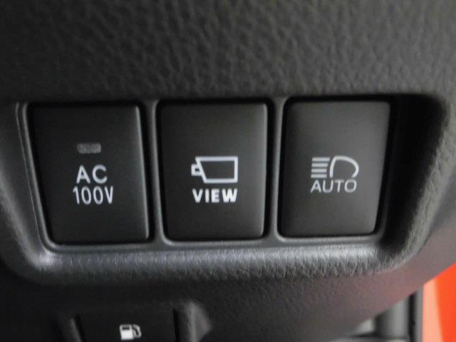 100Vのアクセサリーコンセットも付いています。