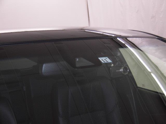 プレミアム スタイルノアール 4WD フルセグ メモリーナビ DVD再生 ミュージックプレイヤー接続可 バックカメラ 衝突被害軽減システム ETC ドラレコ LEDヘッドランプ フルエアロ アイドリングストップ(14枚目)