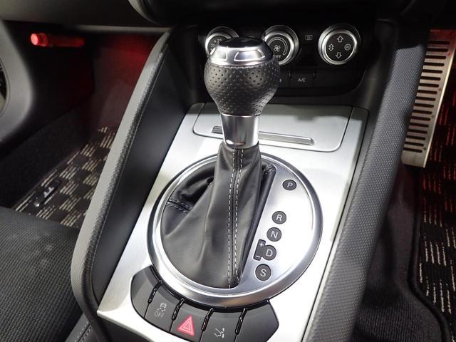 『走りのマニュアルモード付6AT!国産車とは一線を画す輸入車ならではの爽快な走りをお楽しみ頂けます!』