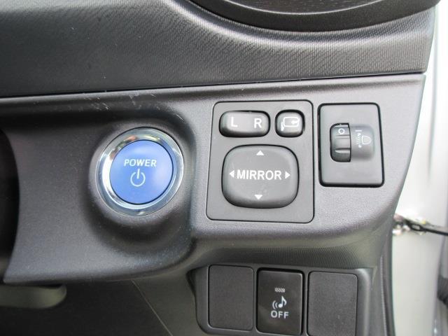 トヨタ アクア S ワンセグTV メモリーナビ バックモニター スマートキー