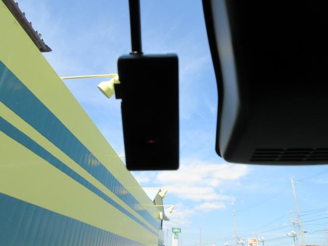 【ドライブレコーダー】もしもの時もしっかり記録。安全運転の必需品。