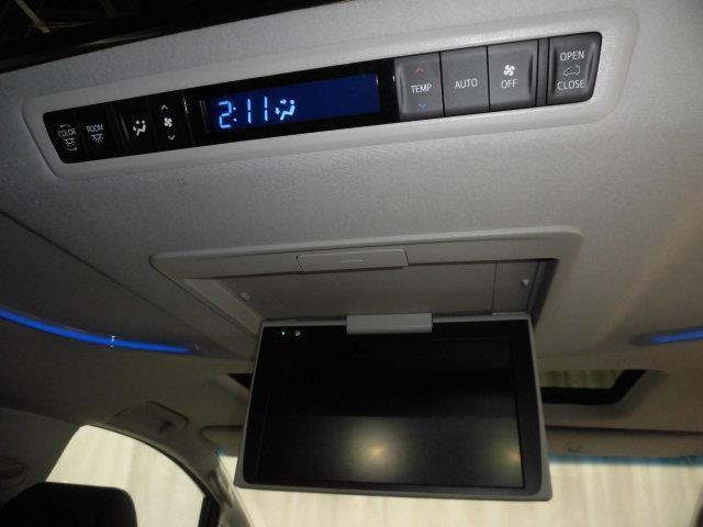 2.5S Cパッケージ サンルーフ フルセグ 後席モニター バックカメラ 衝突被害軽減システム ETC 両側電動スライド LEDヘッドランプ 乗車定員7人 3列シート(18枚目)