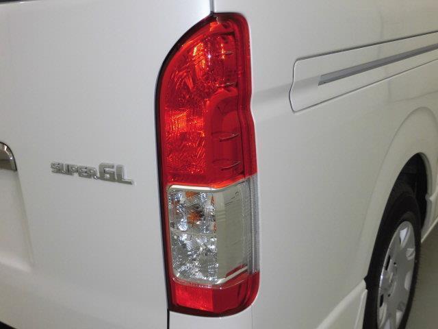 スーパーGL ダークプライムII バックカメラ 衝突被害軽減システム ETC 両側電動スライド LEDヘッドランプ ディーゼル(8枚目)