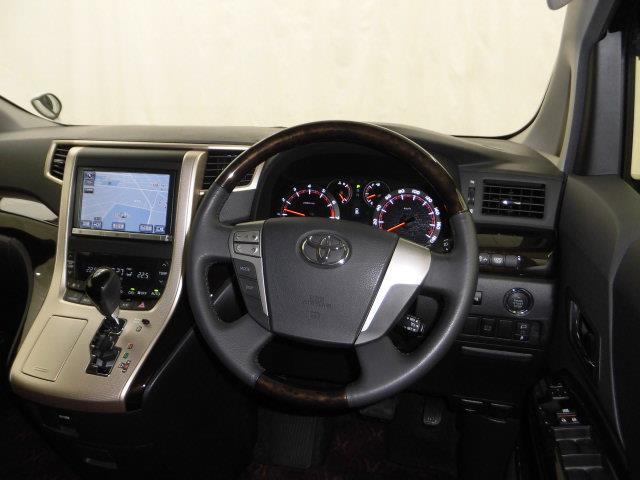 トヨタ アルファード 240S タイプゴールド HIDヘッドライト HDDナビ