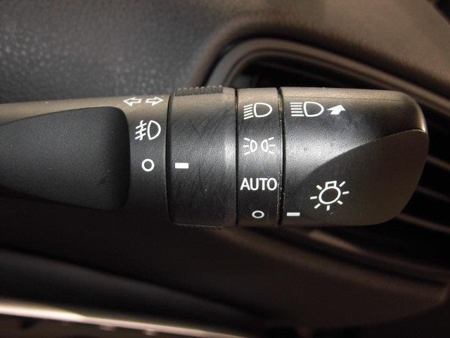 Sセーフティプラス フルセグ メモリーナビ DVD再生 ミュージックプレイヤー接続可 バックカメラ 衝突被害軽減システム ETC ドラレコ LEDヘッドランプ アイドリングストップ(18枚目)