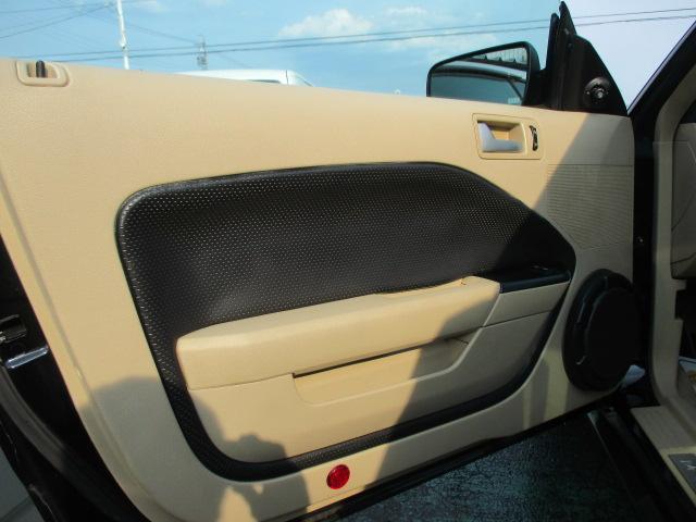 フォード フォード マスタング V6 プレミアム ディーラー車 レザーシート ETC付き