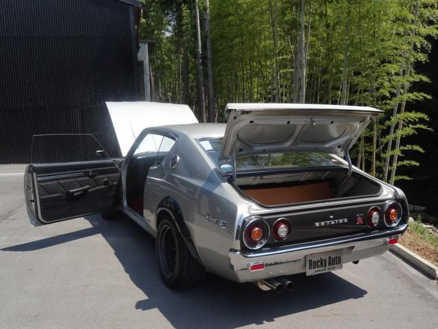 ワタナベアルミホイールフロント225 リア245のベストマッチングです。ケンメリS20ノーマルエンジンGT-Rの入庫です。シートステアリング新車時ノーマル 20エンジン一発始動