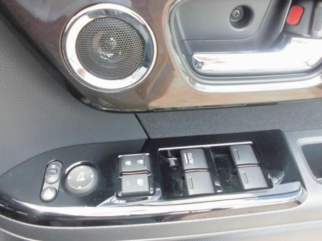 ホンダ N BOXカスタム G・Lターボホンダセンシング 純正8インチナビ 新車保証継承