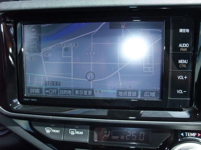 純正SDナビ搭載☆車内ではフルセグTVやDVD、スマホなどのBluetooth接続も可能です☆
