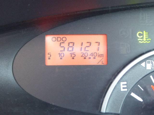 走行 58127キロ♪ 車検は27年7月まで付いております♪