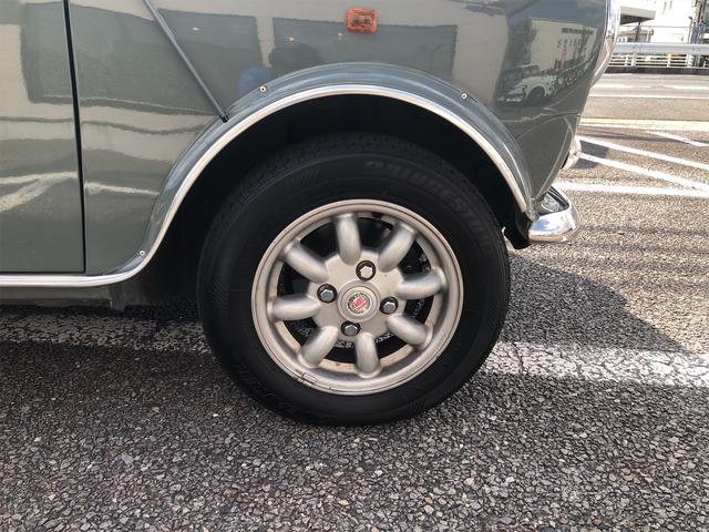 クーパー 4速MT Hi-Loコイルスプリング公認 色替全塗装済 ルーフライナー張替済 モトリタウッドステアリング 1年保証(17枚目)