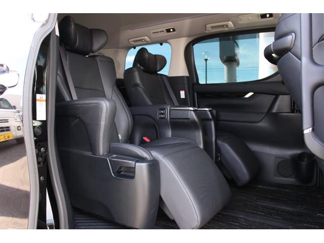 トヨタ ヴェルファイア 2.5ZGエディション 10型SDナビTV 後席モニタ 黒革