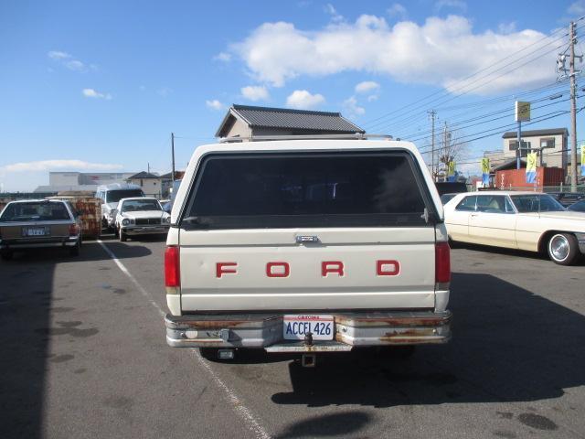 フォード フォード F-350 クルーキャブロング 4WD シェル ベッドライナー ヒッチ