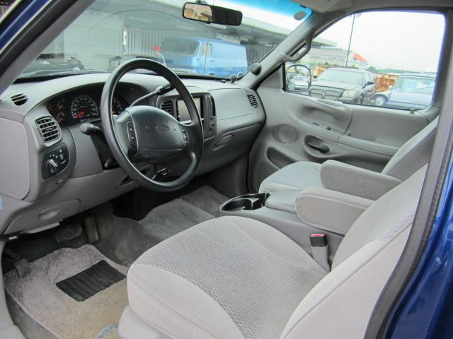 XLT 新並 4WD 記録簿 ベッドライナー ナビ 地デジ(5枚目)