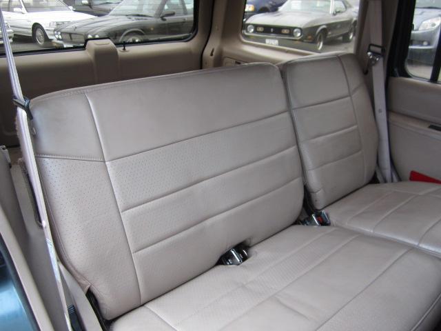 「フォード」「フォード エクスプローラー」「SUV・クロカン」「愛知県」の中古車18