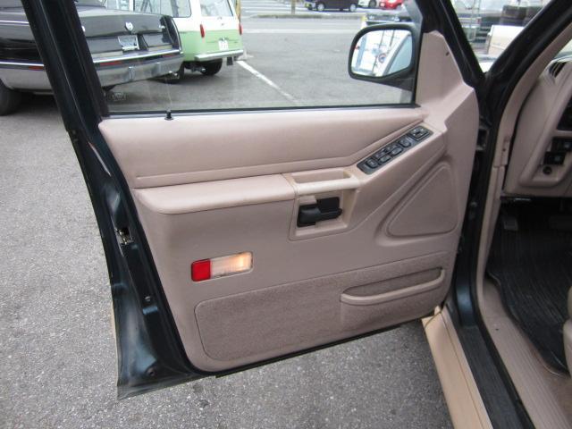 「フォード」「フォード エクスプローラー」「SUV・クロカン」「愛知県」の中古車20