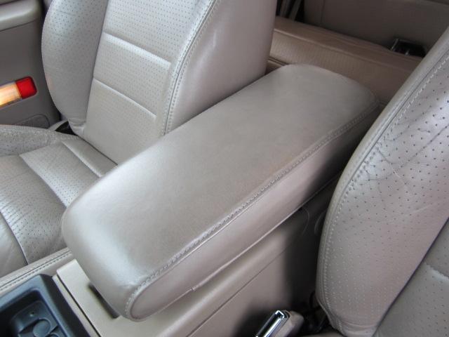 「フォード」「フォード エクスプローラー」「SUV・クロカン」「愛知県」の中古車28