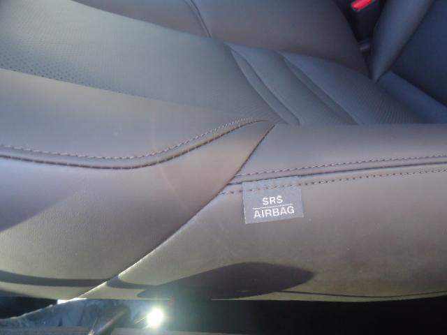 XD エクスクルーシブモード 6人乗り サンルーフ 革シート 純正ナビ フルセグTV 純正19インチアルミ 360°カメラ BOSEスピーカー 4座席パワーシート ブレーキアシスト サイドエアバッグ コーナーセンサー ディーゼル(43枚目)