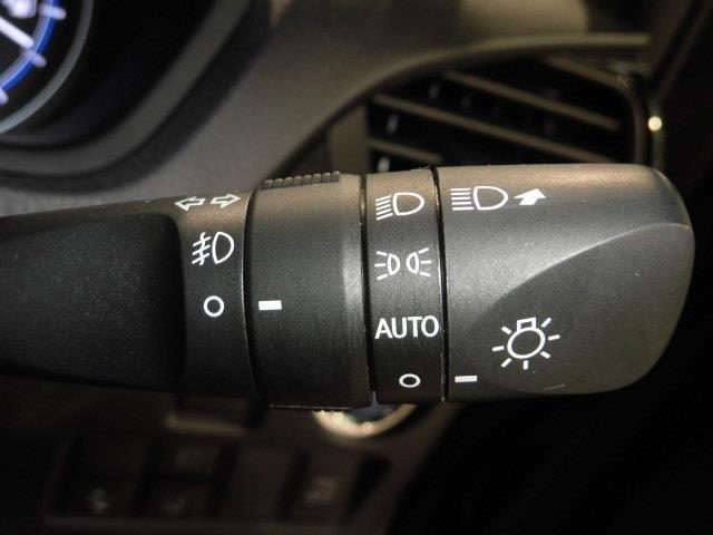 ハイブリッドGi フルセグ メモリーナビ DVD再生 ミュージックプレイヤー接続可 バックカメラ 衝突被害軽減システム ETC ドラレコ 両側電動スライド LEDヘッドランプ 乗車定員7人 3列シート(17枚目)