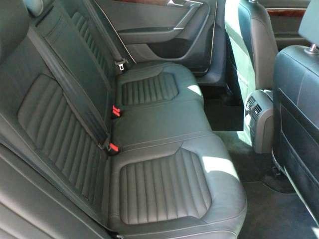 フォルクスワーゲン VW パサート 1.4TSIハイライン 地デジ対応ナビ サンルーフ 革シート