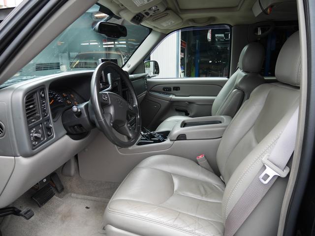 シボレー シボレー サバーバン LT Z71 4WD サンルーフ ジオバンナ24AW