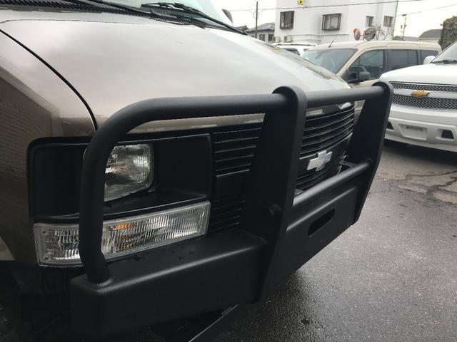LS 4WD ディーラー車 リフトアップ(9枚目)