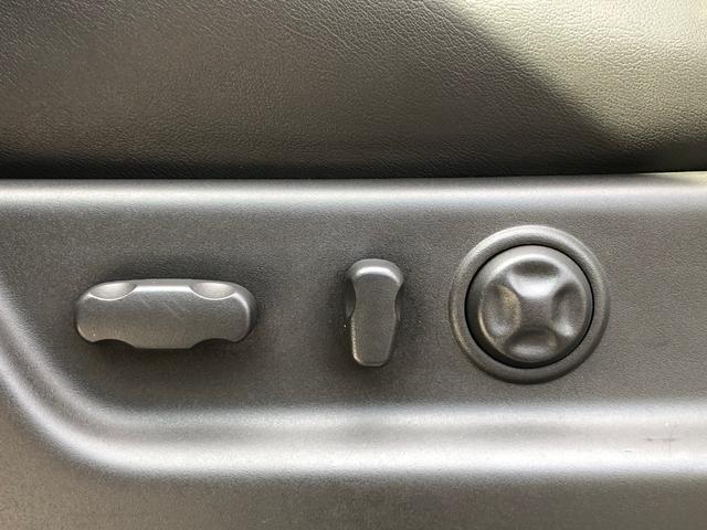 クライメイトPKG 4WD 黒革 サンルーフ 純正22AW(18枚目)
