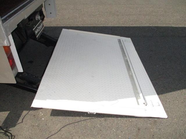 荷箱MFBM 50-0448F 新明和マルチパワーゲート1000キロ RAM10-1335N 奥行き128(ストッパーまで104)x幅181センチ 門口高さ204センチ ラッシングレール 内外装キレイ