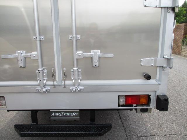 N04C-TJエンジン 4Lターボ BDG-XZU414 5速 エアバック ABS ES カメラ 最大積載量2000キロ 車両総重量5925キロ 内外装キレイです