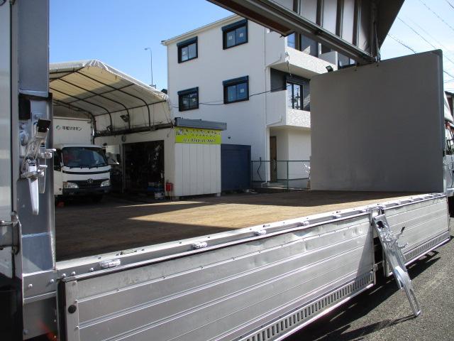 荷箱日本フルハーフ アルミウイングDMC W5DR534 最大積載量3050キロ 新規車検時に最大積載量が減トンの可能性があります ラッシングレール 床フック6対 内外装キレイです