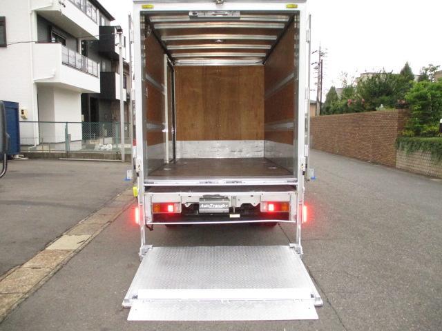 荷箱トヨタ車体UT13A030512 スライドリフトスマーティ パワーゲート600キロ 奥行き111(ストッパーまで102)x幅161センチ ラッシングレール2段 床フック2対 内外装キレイ