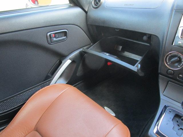 アクティブトップ CD/運転席・助手席エアバック/電動式格納ミラー/禁煙車/シートヒーター/ABS/エアコン/パワーウィンドウ(15枚目)