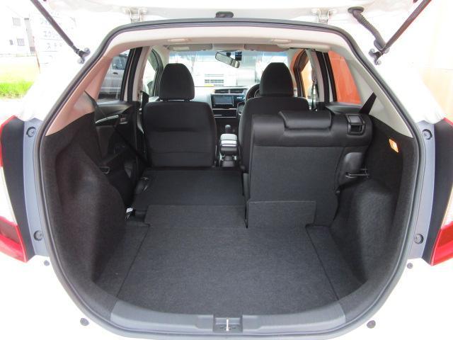 13G・Fコンフォートエディション メモリーナビ/フルセグ/Bカメラ/スマートキー/ETC/盗難防止装置/CD/DVD/USB/アイドリングストップ/禁煙車/横滑防止装置/Bluetooth/運転席・助手席エアバック/ABS(23枚目)