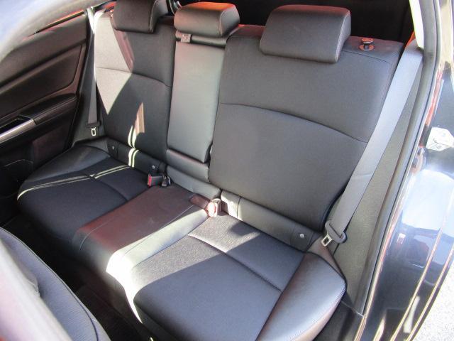 1.6i-Sアイサイト 4WD/新車1オーナー車輌/メモリーナビ/フルセグTV/CD・DVD再生/Bluetoothオーディオ/USB接続/バックカメラ/ETC車載器/衝突軽減ブレーキ/HIDヘッドライト/オートライト(5枚目)