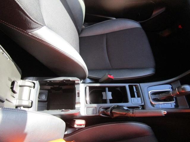 1.6i-Sアイサイト 4WD/新車1オーナー車輌/メモリーナビ/フルセグTV/CD・DVD再生/Bluetoothオーディオ/USB接続/バックカメラ/ETC車載器/衝突軽減ブレーキ/HIDヘッドライト/オートライト(16枚目)