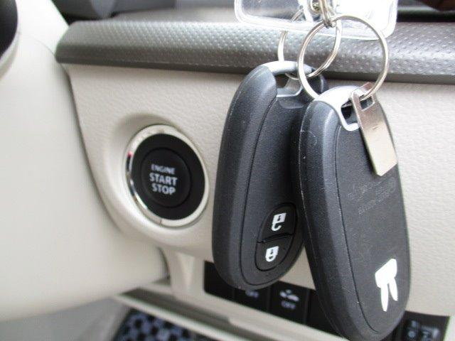 G CD/スマートキー/盗難防止装置/衝突軽減ブレーキ/禁煙車/ベンチシート/プライバシーガラス/横滑防止装置/ABS/車両取扱説明書/保証書/運転席・助手席エアバック/エアコン(17枚目)