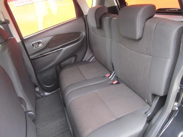 Tセーフティパッケージ SDナビ/フルセグ/アイドリングストップ/衝突軽減ブレーキ/ETC/DVD/CD/スマートキー/アラウンドビューモニター/シートヒーター/ベンチシート/横滑防止装置/エアバック(5枚目)