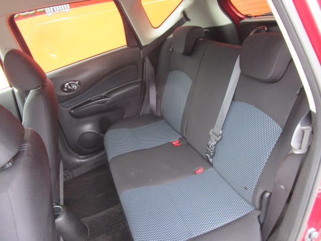 X SDナビ/ワンセグ/Bカメラ/スマートキー/ETC/アイドリングストップ/CD/盗難防止装置/禁煙車/電動式格納ミラー/運転席・助手席エアバック/プライバシーガラス/ABS(5枚目)