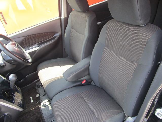 ハイウェイスター X SDナビ/フルセグ/スマートキー/ETC/盗難防止装置/HID/Bluetooth/DVD/アイドリングストップ/禁煙車/ベンチシート/CD/アルミホイール/電動式格納ミラー/エアバック/ABS(4枚目)