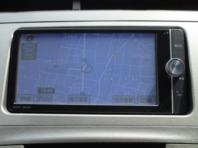 S SDナビ/フルセグ/Bカメラ/スマートキー/ETC/盗難防止装置/HID/DVD/CD/横滑防止装置/オートライト/運転席・助手席エアバック/プライバシーガラス/電動式格納ミラー/ABS(8枚目)