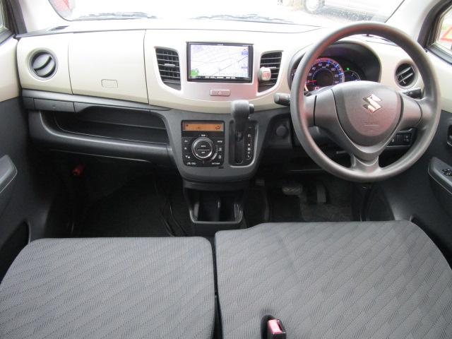 FX メモリーナビ/キーレス/アイドリングストップ/ベンチシート/ETC/USB/盗難防止装置/電動式格納ミラー/運転席・助手席エアバック/プライバシーガラス/ABS/禁煙車/エアコン(6枚目)