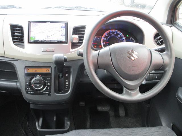 FX メモリーナビ/キーレス/アイドリングストップ/ベンチシート/ETC/USB/盗難防止装置/電動式格納ミラー/運転席・助手席エアバック/プライバシーガラス/ABS/禁煙車/エアコン(7枚目)
