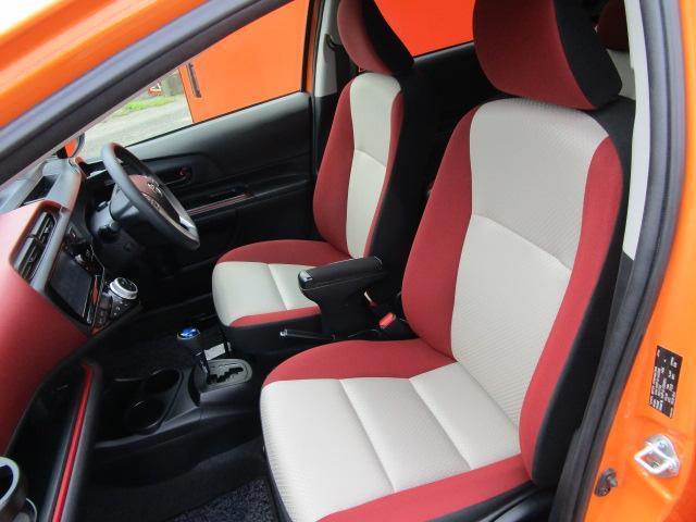 S SDナビ/フルセグ/バックカメラ/衝突軽減ブレーキ/ETC/Bluetooth/DVD/スマートキー/CD/横滑防止装置/アルミホイール/盗難防止装置/オートライト/運転席・助手席エアバック(5枚目)