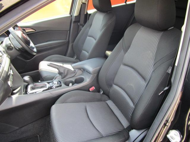 20Sツーリング SDナビ/フルセグ/バックカメラ/スマートキー/ETC/衝突軽減ブレーキ/DVD/CD/Bluetooth/アイドリングストップ/横滑防止装置/盗難防止装置/禁煙車/運転席・助手席エアバック(4枚目)