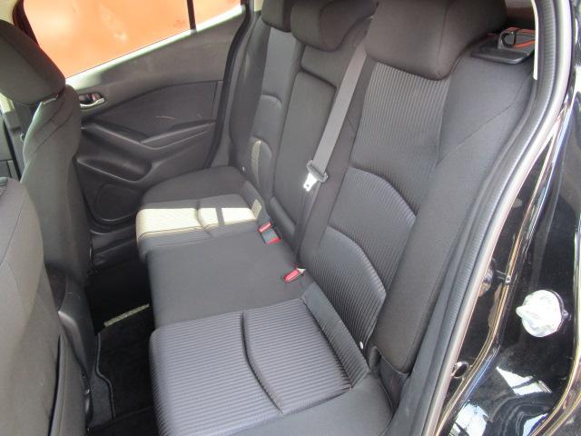 20Sツーリング SDナビ/フルセグ/バックカメラ/スマートキー/ETC/衝突軽減ブレーキ/DVD/CD/Bluetooth/アイドリングストップ/横滑防止装置/盗難防止装置/禁煙車/運転席・助手席エアバック(5枚目)