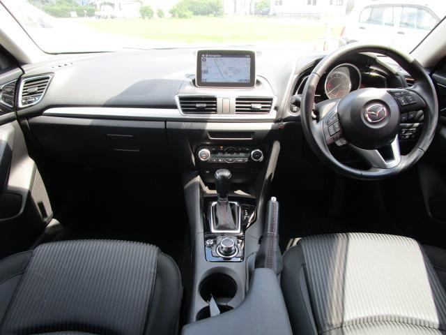20Sツーリング SDナビ/フルセグ/バックカメラ/スマートキー/ETC/衝突軽減ブレーキ/DVD/CD/Bluetooth/アイドリングストップ/横滑防止装置/盗難防止装置/禁煙車/運転席・助手席エアバック(6枚目)
