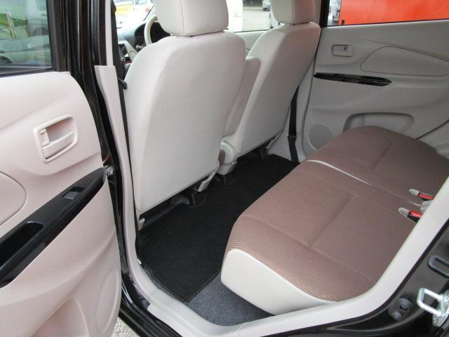 E CD/キーレス/電動式格納ミラー/シートヒーター/横滑防止装置/エアコン/プライバシーガラス/運転席・助手席エアバック/ベンチシート/パワーウィンドウ/パワステ(14枚目)