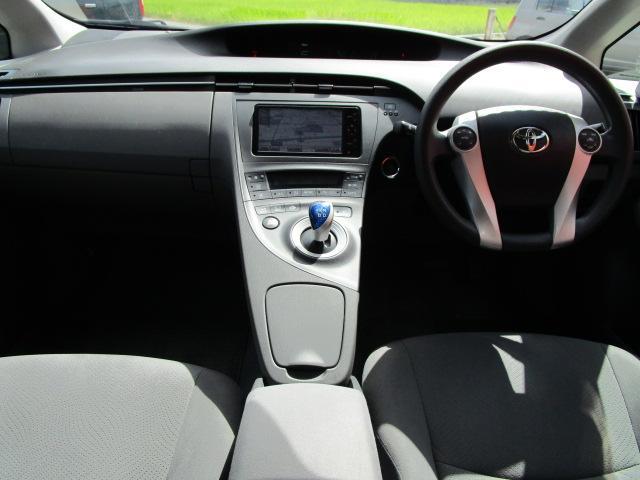 S ディーラーオプションHDDナビ/ワンセグTV/CD・DVD再生/Bluetoothオーディオ/バックカメラ/ETC車載器/スマートキー/プッシュスタート/オートライト/アルミホイール/電動式格納ミラー(6枚目)