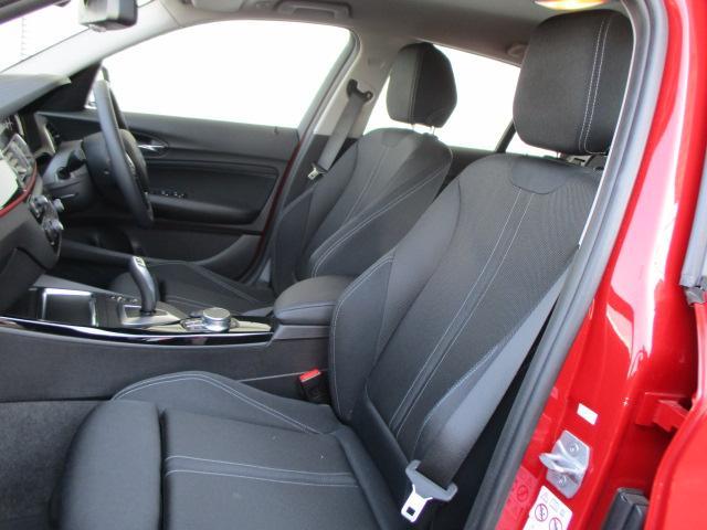 118d スポーツACCパーキングサポートデモカー認定中古車(13枚目)